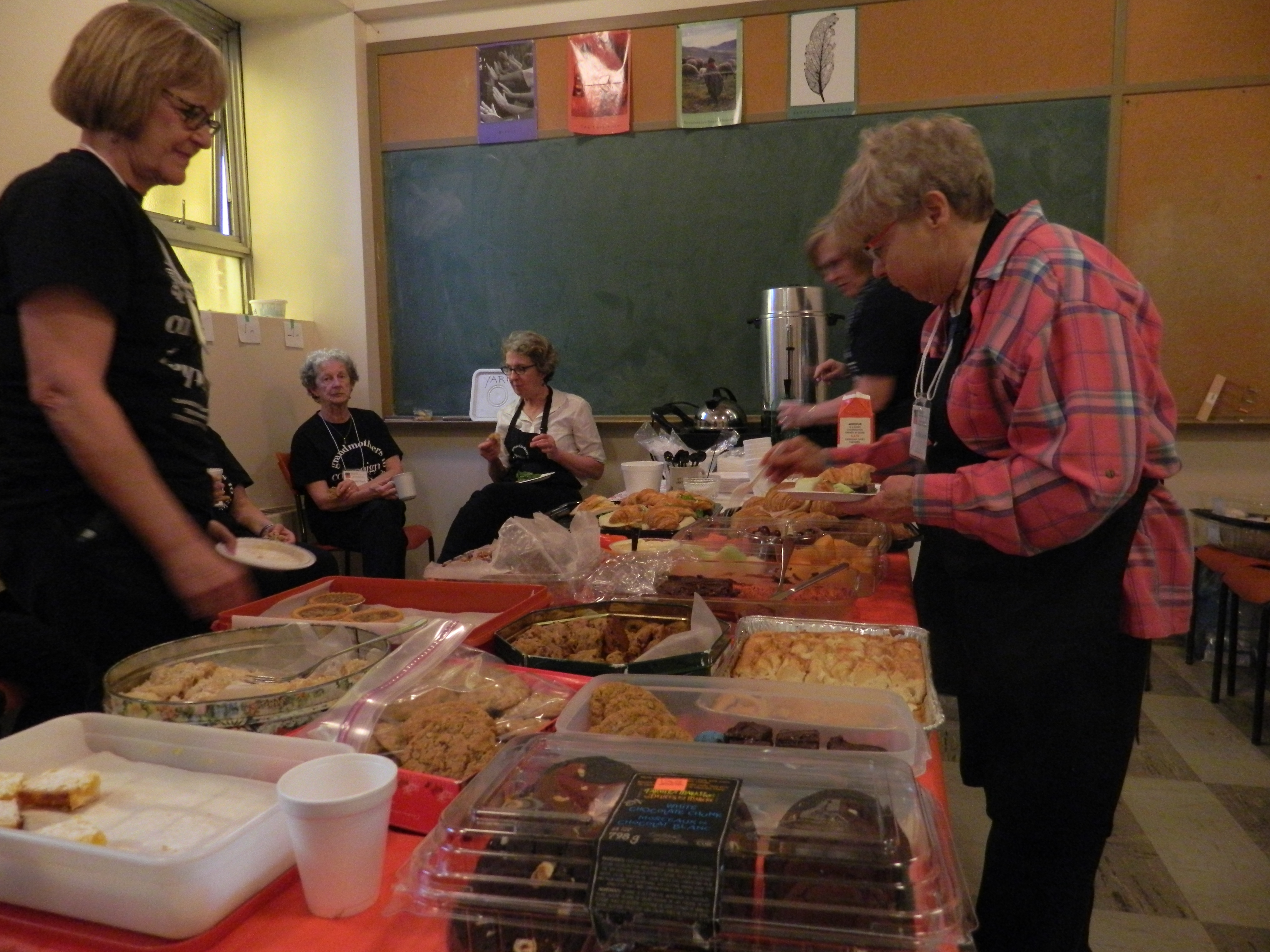 Volunteers were provided with a delicious lunch.